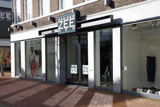 drachten guys Score retail nederland bv is a men's and boys' clothing store located in drachten, netherlands view contact info, employees, products, revenue, and more.
